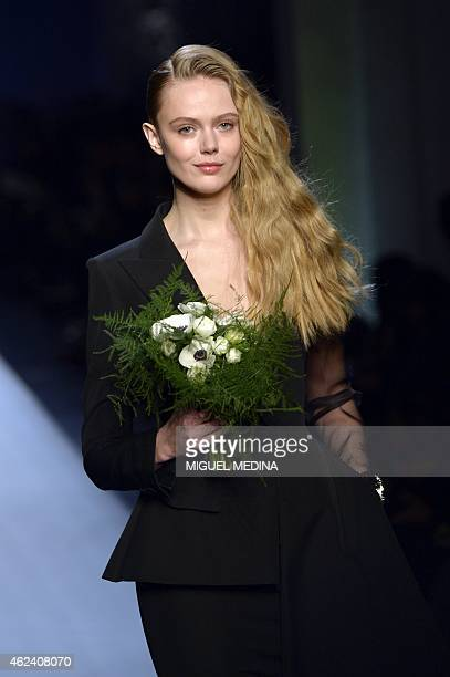 Swedish model Frida Gustavsson presents a creation by Jean Paul Gaultier during the 2015 Haute Couture SpringSummer collection fashion show on...