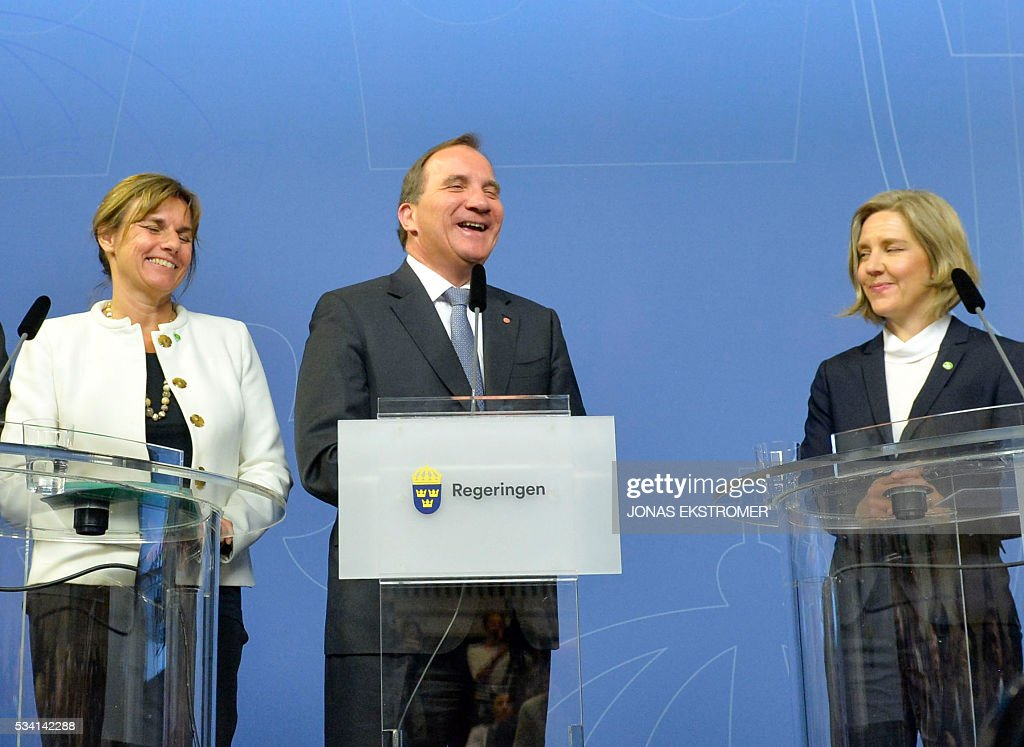 Swedish Prime Minister Stefan Lofven (C) laughs with new cabinet ministers Isabella Lovin (L), international development and climate and Karolina Skog (R), environment, at a press conference after a government reshuffle on May 25, 2016. / AFP / TT News Agency / Jonas EKSTROMER / Sweden OUT