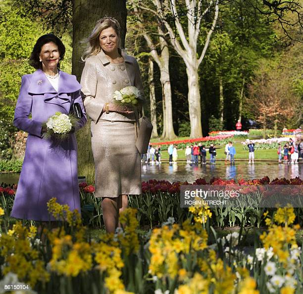 Swedish Queen Silvia and Dutch Princess Maxima visit the flower exhibition Keukenhof in Lisse on April 22 2009 Swedish King Carl Gustaf and Queen...