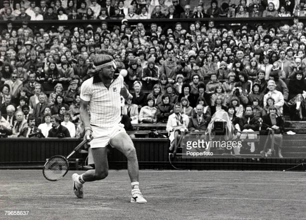 30th June 1981 Wimbledon Lawn Tennis Championships Mens Singles Sweden's Bjorn Borg in action on Wimbledon's Centre Court Bjorn Borg one of the...