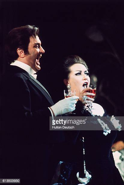 Swedish tenor Nicolai Gedda sings with Spanish soprano Montserrat Caballe