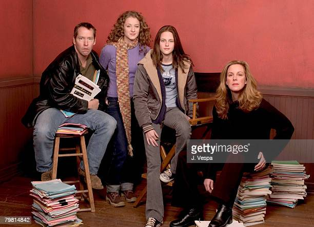 DB Sweeney Hallee Hirsh Kristen Stewart and Elizabeth Perkins