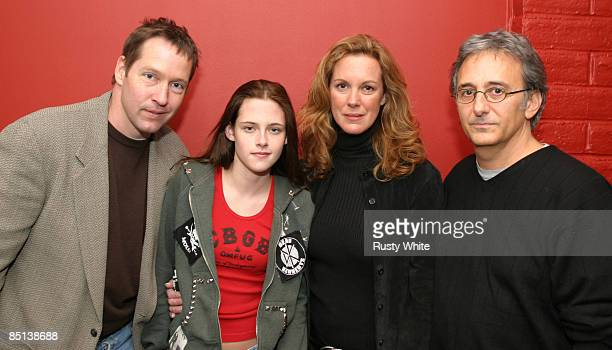 DB Sweeney Kristen Stewart Elizabeth Perkins and Fred Barner