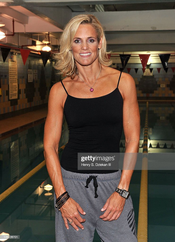 Swimmer <a gi-track='captionPersonalityLinkClicked' href=/galleries/search?phrase=Dara+Torres&family=editorial&specificpeople=2419430 ng-click='$event.stopPropagation()'>Dara Torres</a> coaches the YMCA Piranhas swim team at the Bedford-Stuyvesant YMCA on September 22, 2011 in the Brooklyn borough of New York City.