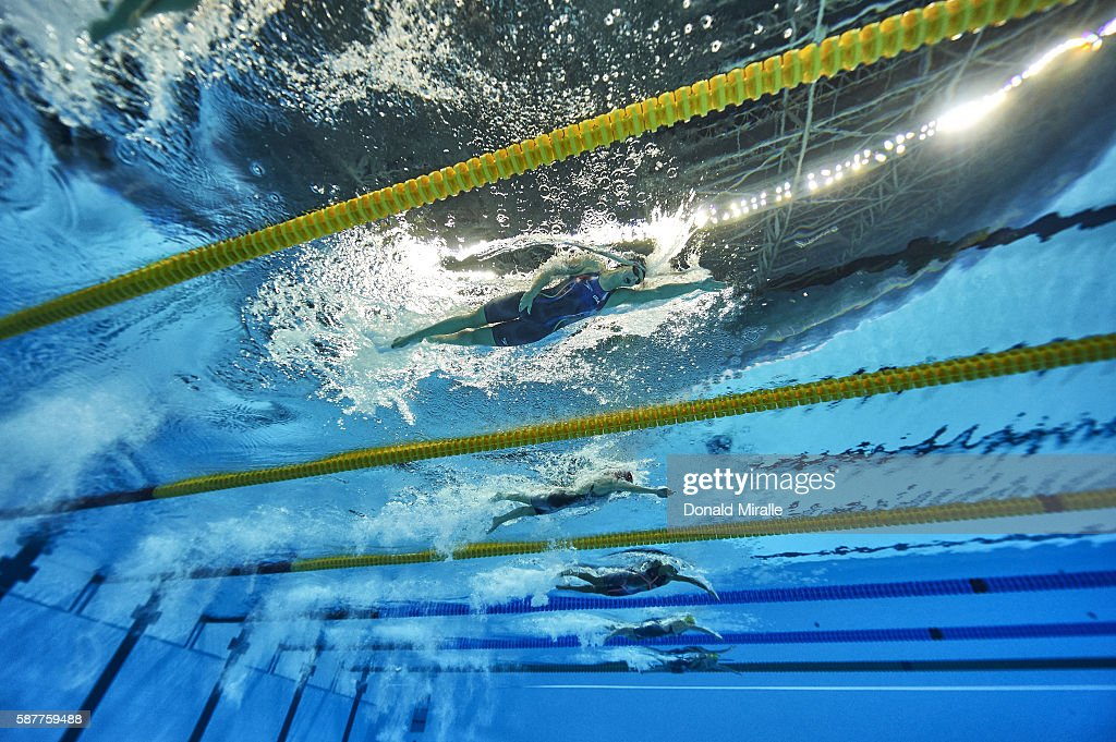 underwater view of from top usa katie ledecky great britain carlin jazz