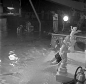 Swimming movie star Esther Williams on the set of Jupiter's Darling filmed in the pool specially construced for her in Stage 30 on the MGM lot in...