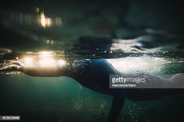 Swimming underwater