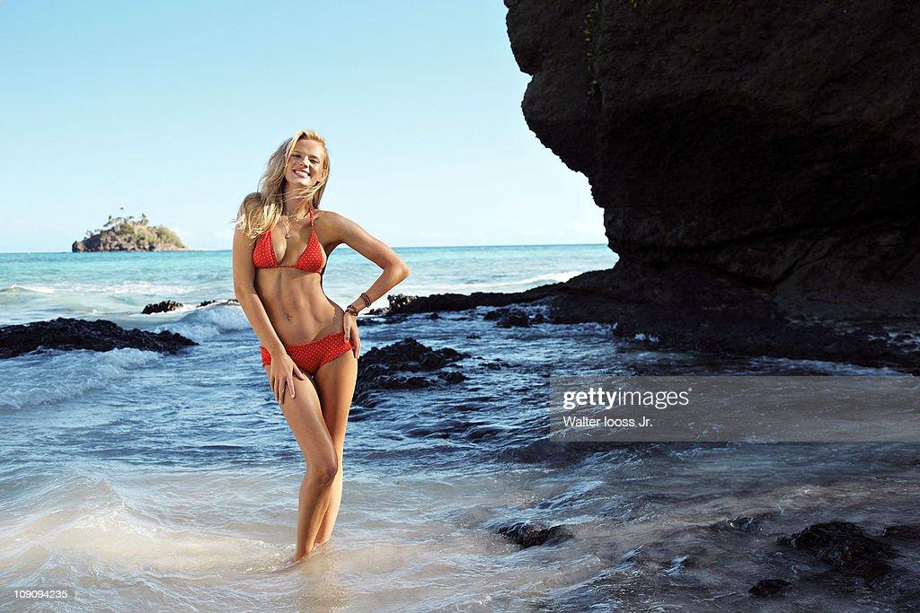 Anne V, Sports Illustrated, Swimsuit 2011
