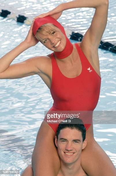 Model Elle Macpherson with US Water Polo team member at Canyonview Aquatics Center of UC San Diego in San Diego California on February 01 1994 CREDIT...