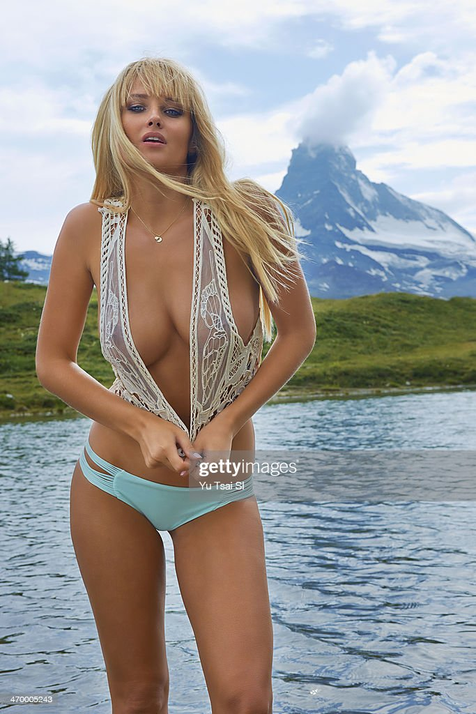 swimsuit issue 2014 model genevieve morton poses for the 2014 sports