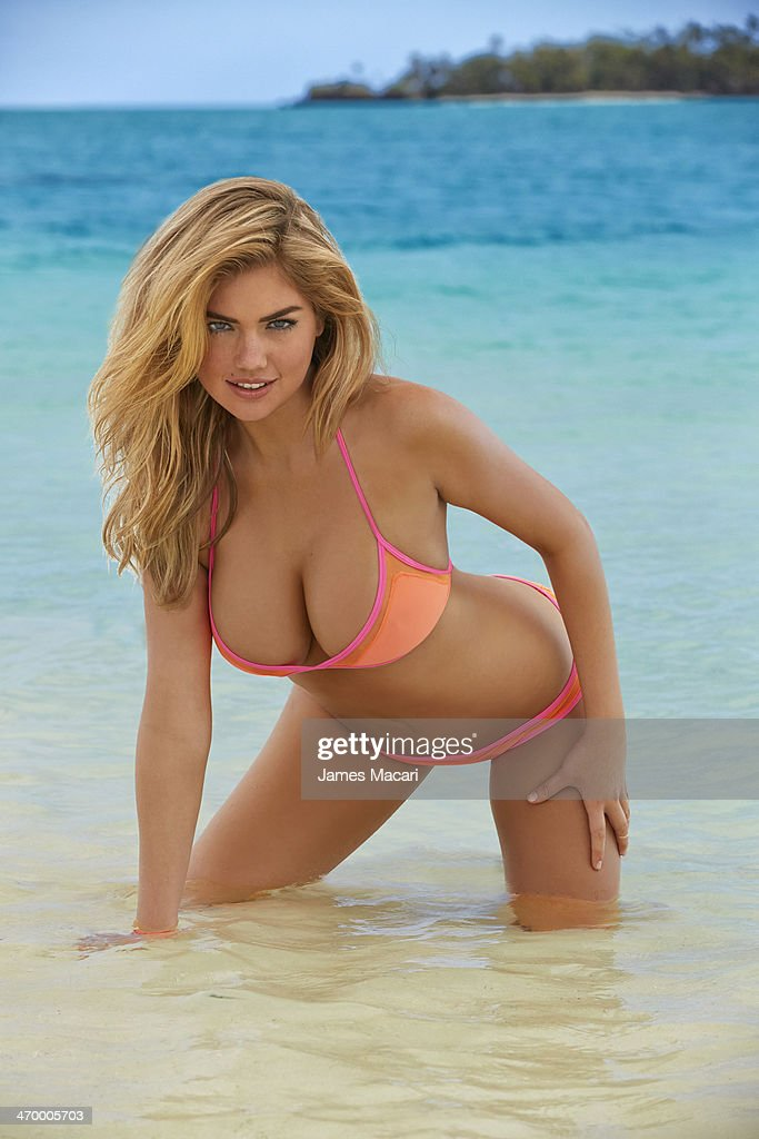Model <a gi-track='captionPersonalityLinkClicked' href=/galleries/search?phrase=Kate+Upton&family=editorial&specificpeople=7488546 ng-click='$event.stopPropagation()'>Kate Upton</a> poses for the 2014 Sports Illustrated Swimsuit issue on November 02, 2013 in Aitutaki, Cook Islands. PUBLISHED IMAGE.