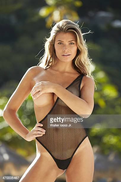 Swimsuit Issue 2014 Model Samantha Hoopes poses for the 2014 Sports Illustrated Swimsuit issue on December 4 on Saint Lucia PUBLISHED IMAGE CREDIT...