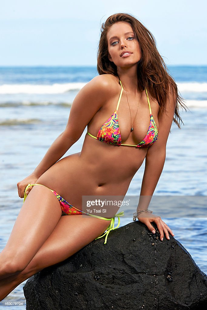 Body Paint Hawaii >> Sports Illustrated, Swimsuit 2015 | Getty Images
