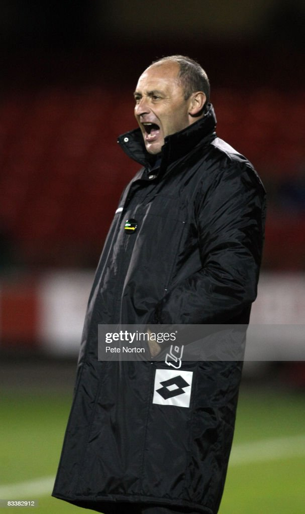 Swindon Town manager Maurice Malpas shouts instructions during the Coca Cola League One Match between Swindon Town and Northampton Town at the County Ground on October 21, 2008 in Swindon, England.
