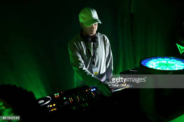 Swing Ting performs during the Bread Butter by Zalando at arena Berlin on September 2 2017 in Berlin Germany