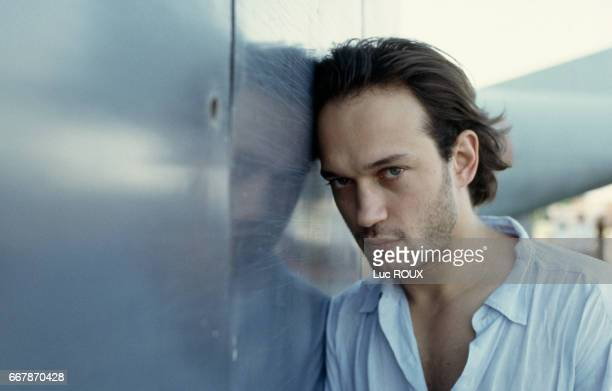 Swiss actor Vincent Perez on the set of the film Ligne de Vie directed by Russian director Pavel Lounguine