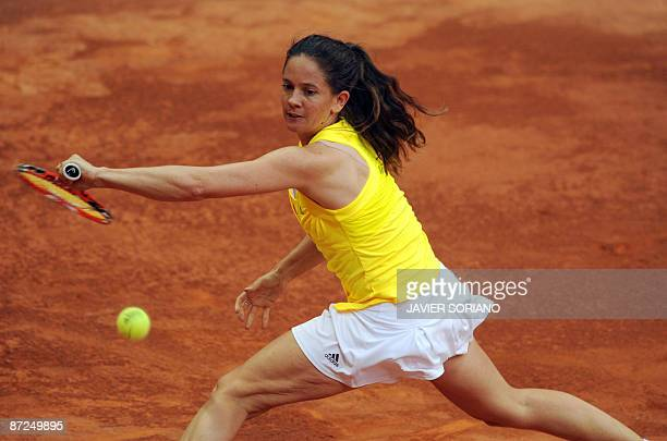 Swiss Patty Schnyder returns a ball to her opponent Serbian Jelena Jankovic during their WTA Madrid Open claycourt tournament on May 15 2009 in...