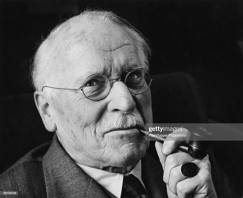 analytical psychology of carl jung Carl gustav jung (1875-1961) was a swiss psychiatrist, an influential thinker and  the founder of analytical psychology (also known as jungian psychology.