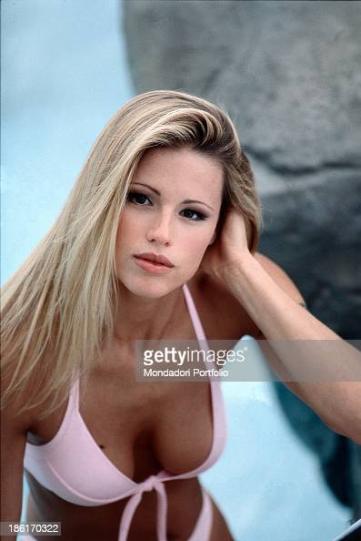Michelle Hunziker wearing a swimsuit Pictures
