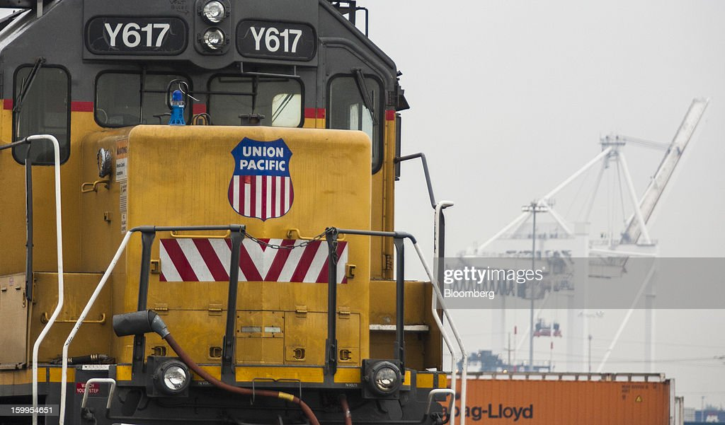A switcher stands at Union Pacific Corp.'s facility at the Port of Oakland in Oakland, California, U.S., on Wednesday, Jan. 23, 2013. Union Pacific Corp., the largest U.S. railroad by sales, is scheduled to report fourth-quarter earnings results on Jan. 24 before the opening of U.S. financial markets. Photographer: Ken James/Bloomberg via Getty Images