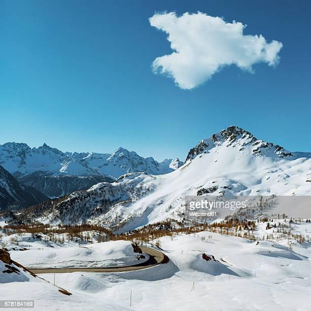 Switzerland, Graubuenden, Alpine scenery