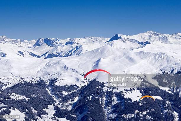 Switzerland, Graubuenden, Arosa, Weisshorn, paragliders