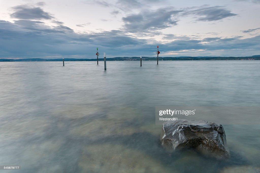 Switzerland, Thurgau, Lake Constance, Altnau, harbor entrance at dusk