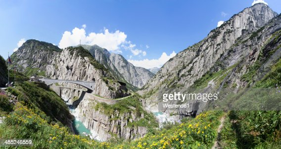 Switzerland, Uri, Devil's Bridge in Schollenen Gorge