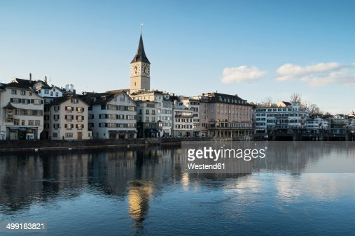 Switzerland, Zurich, view to St. Peter's church, houses and Limmat River