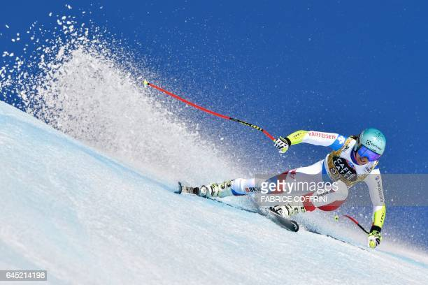 Switzerland's Wendy Holdener competes in the Alpine Skiing FIS World Cup Ladies Super G race on February 25 2017 in CransMontana / AFP / Fabrice...