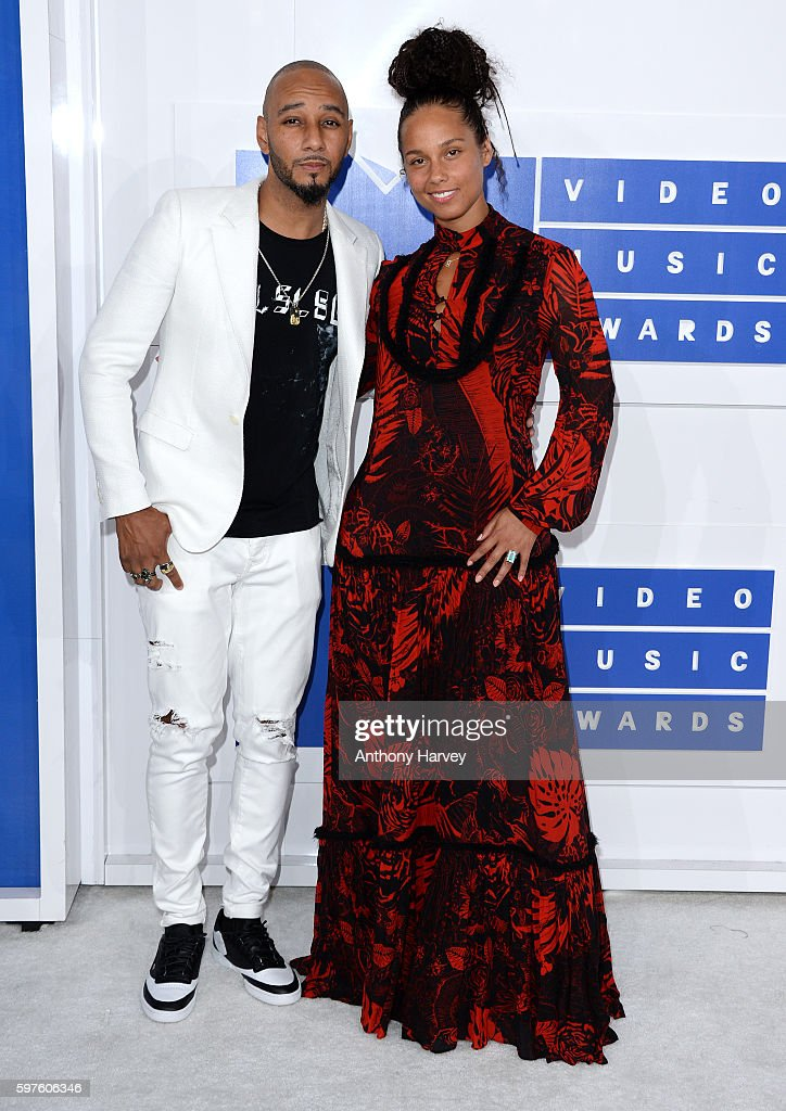 Swizz Beatz and Alicia Keys attend the 2016 MTV Video Music Awards at Madison Square Garden on August 28, 2016 in New York City.