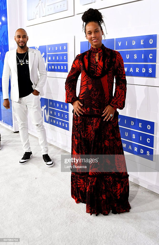 Swizz Beatz and Alicia Keys attend the 2016 MTV Video Music Awards on August 28 2016 in New York City