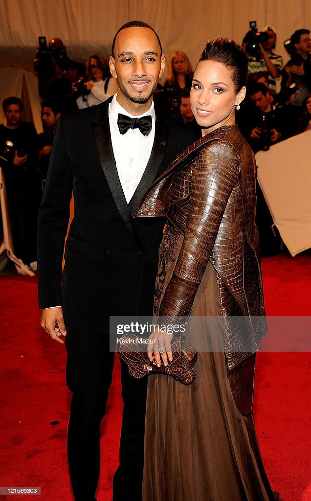 Swizz Beatz and Alicia Keys attends the 'Alexander McQueen: Savage Beauty' Costume Institute Gala at The Metropolitan Museum of Art on May 2, 2011 in New York City.