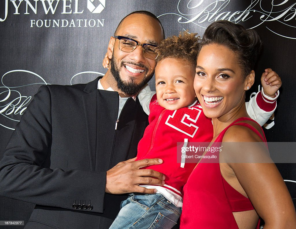 <a gi-track='captionPersonalityLinkClicked' href=/galleries/search?phrase=Swizz+Beatz&family=editorial&specificpeople=567154 ng-click='$event.stopPropagation()'>Swizz Beatz</a>, Egypt Daoud Dean and <a gi-track='captionPersonalityLinkClicked' href=/galleries/search?phrase=Alicia+Keys&family=editorial&specificpeople=169877 ng-click='$event.stopPropagation()'>Alicia Keys</a> attend the 10th annual Keep A Child Alive Black Ball at Hammerstein Ballroom on November 7, 2013 in New York City.