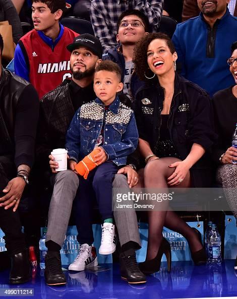 Swizz Beatz Egypt Dean and Alicia Keys attend New York Knicks vs Miami Heat game at Madison Square Garden on November 27 2015 in New York City