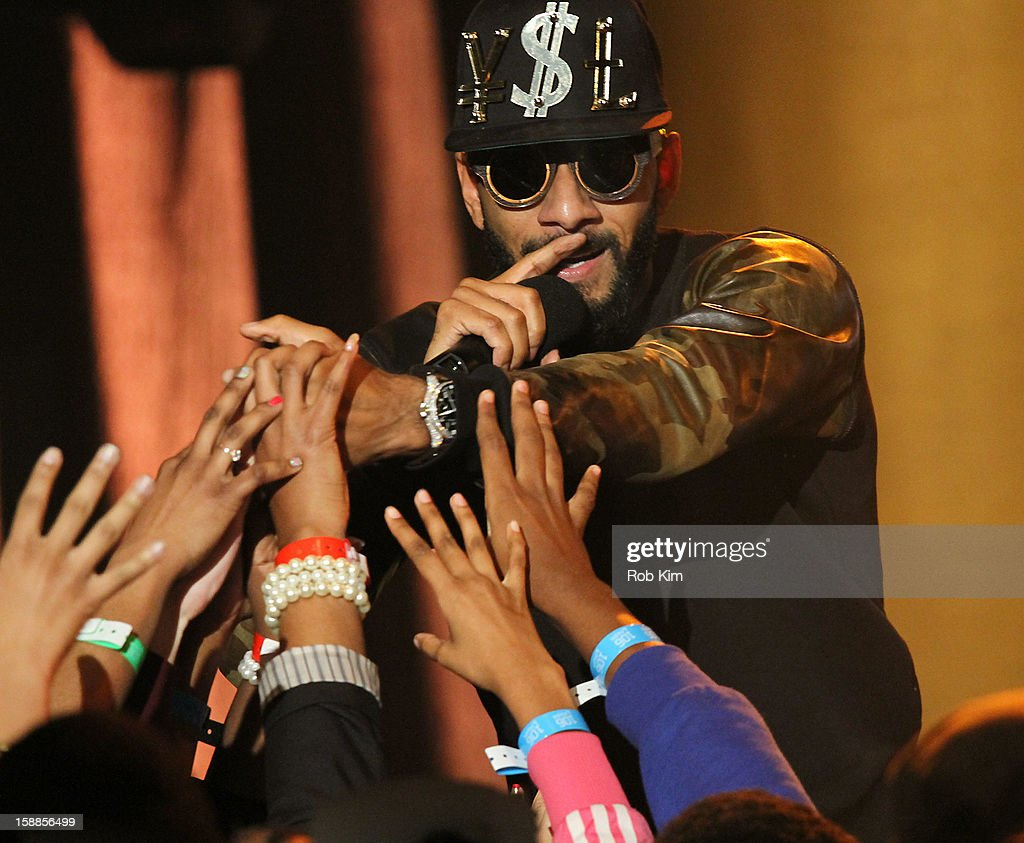 Swizz Beatz performs at BET's '106 & Party' 2013 New Years Eve party at BET Studios on December 17, 2012 in New York City.