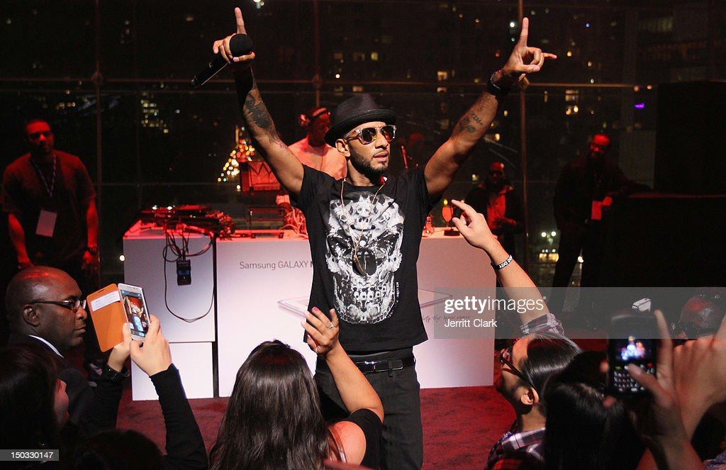 Swizz Beatz performs at the Samsung Meet The New Way launch party at Frederick P. Rose Hall, Jazz at Lincoln Center on August 15, 2012 in New York City.