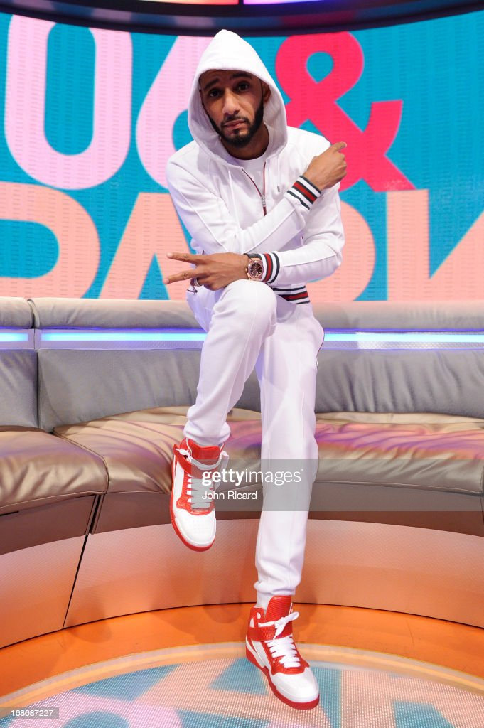<a gi-track='captionPersonalityLinkClicked' href=/galleries/search?phrase=Swizz+Beatz&family=editorial&specificpeople=567154 ng-click='$event.stopPropagation()'>Swizz Beatz</a> visits BET's '106 & Park' at BET Studios on May 13, 2013 in New York City.