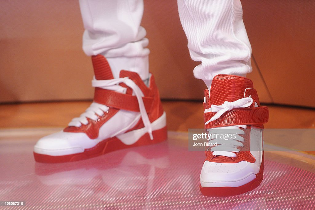 <a gi-track='captionPersonalityLinkClicked' href=/galleries/search?phrase=Swizz+Beatz&family=editorial&specificpeople=567154 ng-click='$event.stopPropagation()'>Swizz Beatz</a> (shoe detail) visits BET's '106 & Park' at BET Studios on May 13, 2013 in New York City.
