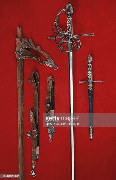Sword and dagger with scabbard ca 1620 by the swordsmith Gaspare Mola Italy 17th century Paris Musée De L'Armée