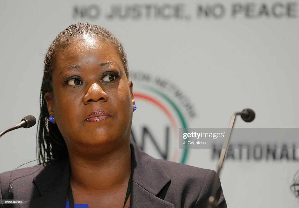 Sybrina Fulton, mother of slain youth Trayvon Martin speaks during the 'Crisis Panal: How Do We Deal And Organize Around Community Crisis' Panal during the 2013 NAN National Convention Day 2 at New York Sheraton Hotel & Tower on April 4, 2013 in New York City.