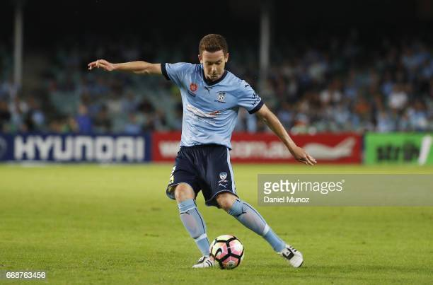 Sydney FC Brandon O'Neill controls the ball during the round 27 ALeague match between Sydney FC and the Newcastle Jets at Allianz Stadium on April 15...