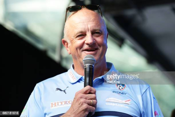 Sydney FC coach Graham Arnold speaks on stage in Pitt St Mall on May 8 2017 in Sydney Australia Sydney FC beat Melbourne Victory to win the 2017...