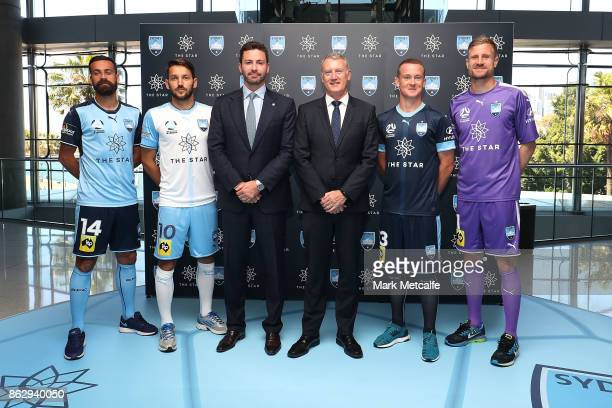 Sydney FC players Milos Ninkovic Alex Brosque Brandon O'Neill and Andrew Redmayne pose with Sydney FC Chairman Scott Barlow and The Star Managing...