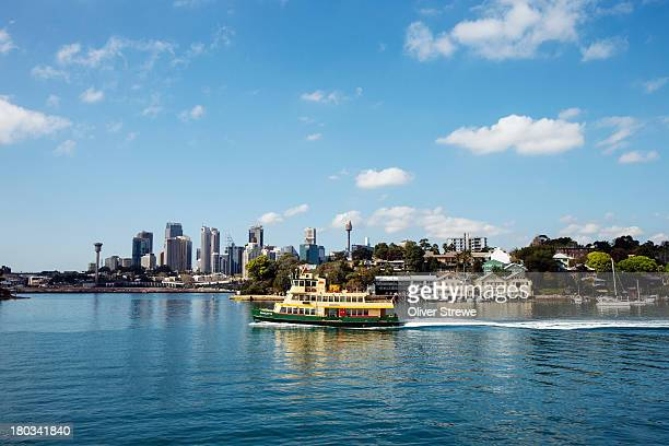 Sydney ferry crossing Mort Bay, Balmain