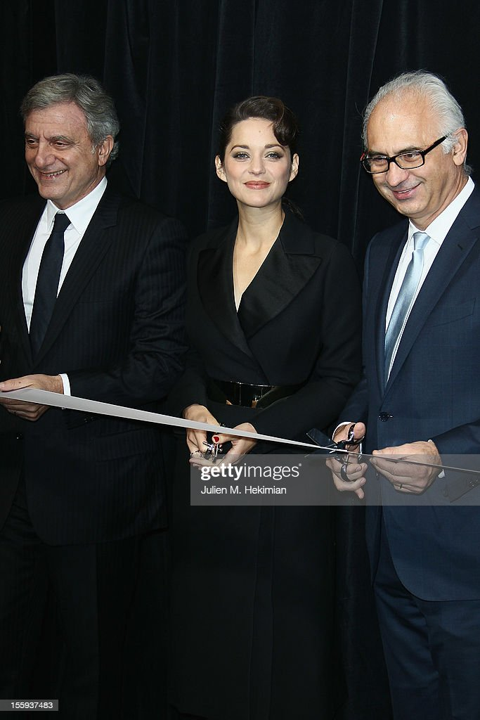 Sydney Toledano, french actress Marion Cotillard and guest launch the Christmas illuminations at Printemps Haussmann on November 9, 2012 in Paris, France.