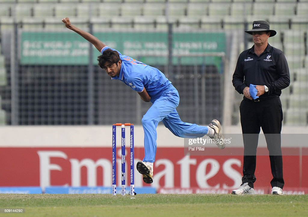 Syed Khaleel Ahmed of India bowls during the ICC U19 World Cup Semi-Final match between India and Sri Lanka on February 9, 2016 in Dhaka, Bangladesh.