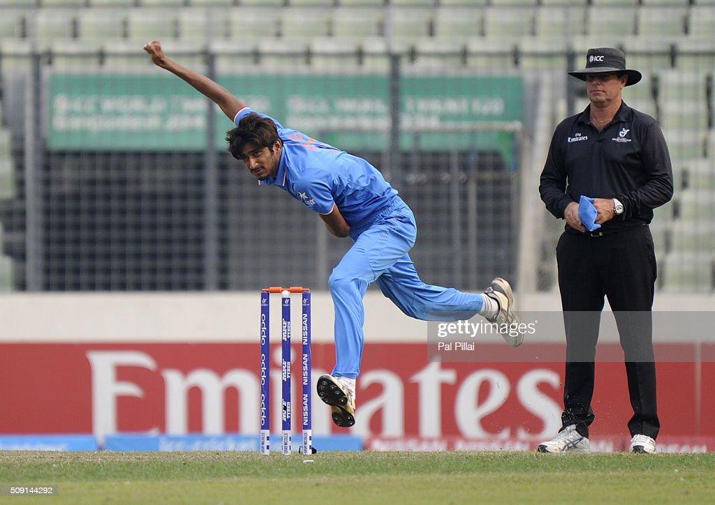 Syed Khaleel Ahmed of India bowls during the ICC U19 World Cup Semi-Final match between India and Sri Lanka on February 9, 2016 in Dhaka, Bangladesh.
