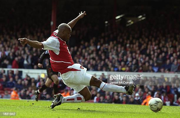 Sylvain Wiltord of Arsenal stretches to shoot at goal during the FA Barclaycard Premiership match between Arsenal and Charlton Athletic held on March...