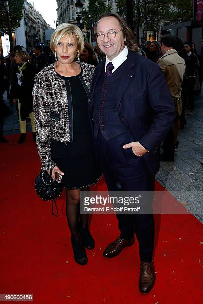 Sylvia Beder and Bill Pallot attend the 'Le nouveau Stagiare' movie Premiere to Benefit 'Claude Pompidou Foundation' held at Cinema 'UGC Normandie'...